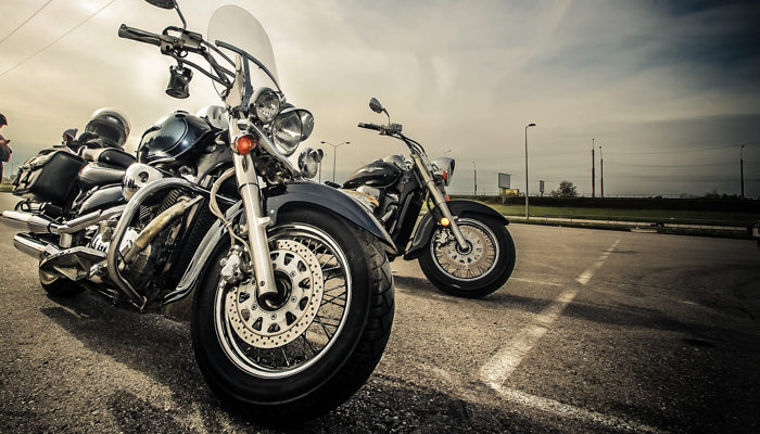 Motorrad Ersatzteile, Ausstattung